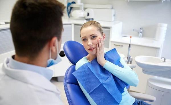 Имплантация зубов Минск