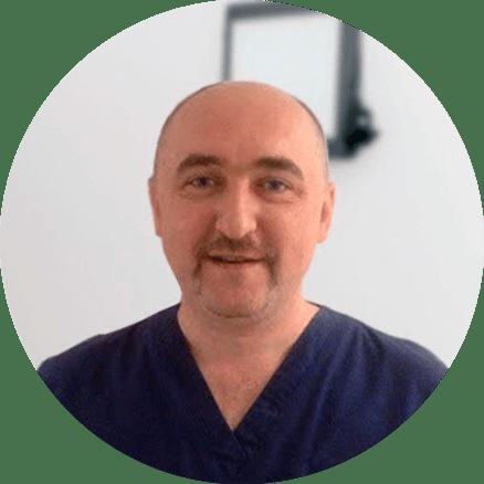 Pashuk Alexander Pavlovich - orthopädischer Zahnarzt der Klinik Dudko und Söhne Minsk